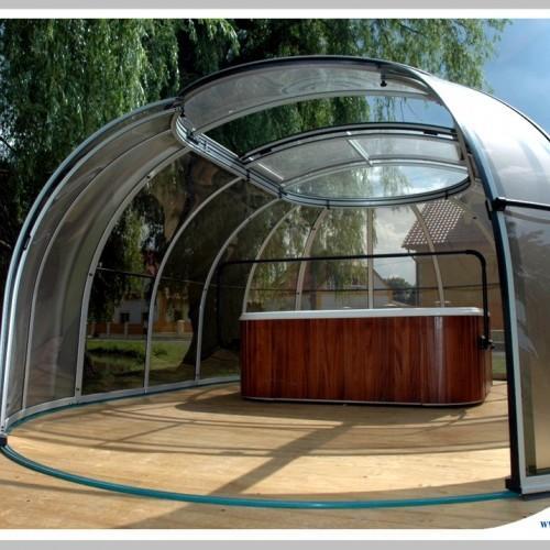 zadaszenie ogrodowej wanny spa